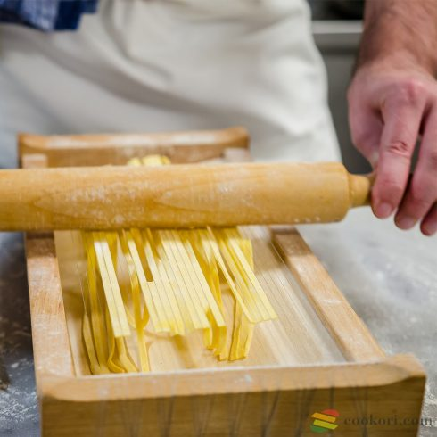 Eppicotispai Chitarra pasta cutter + roll pin 32cm