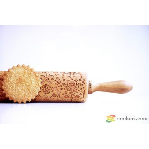 Valek Folklor flowers+animals rolling pin