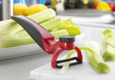 Kyocera Perfect Peeler, Red